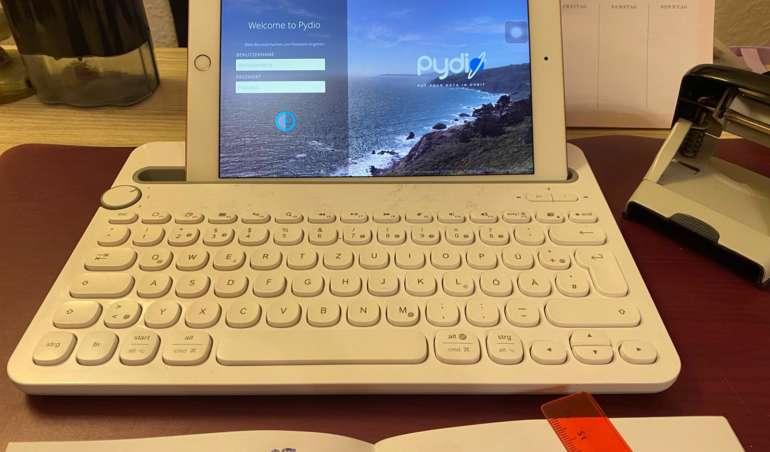 Ein Tablet mit geöffnetem Pydio.