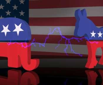 Symbolbild: Ein Elefant und ein Esel mit Blitzen dazwischen