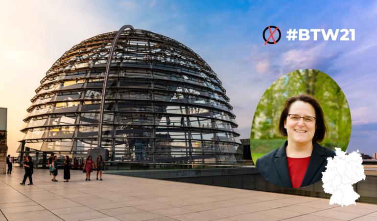 Fotomontage mit Bundestagskuppel und Frau Ingenbleek