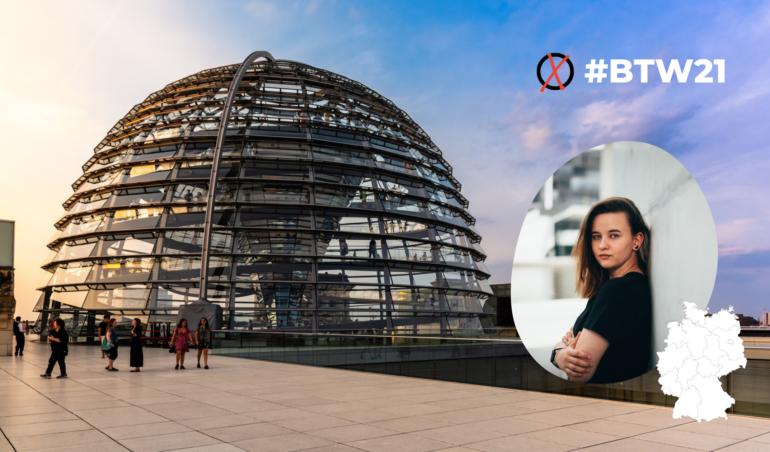 Fotomontage mit Bundestagskuppel und Frau Thiel